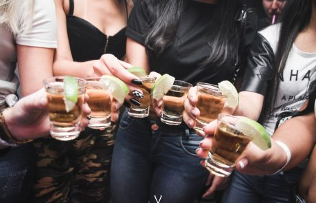 מה קורה לגוף שלך כשאתה מפסיק לשתות אלכוהול